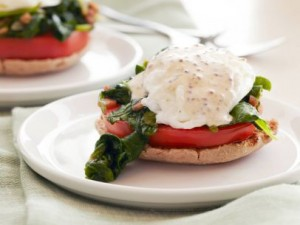 Healthy-Kale-and-Tomato-Eggs-Benedict